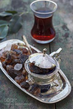 Pic: Turkish tea and sugar pot