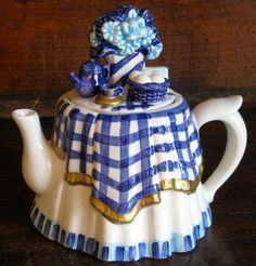 Tea Table Small Decorative Ceramic Teapot w Blue and White Plaid Tablecloth Perfect Cup Of Tea, My Cup Of Tea, Ceramic Teapots, Ceramic Decor, Tea Cup Saucer, Tea Cups, Teapots Unique, Cuppa Tea, Tea Pot Set