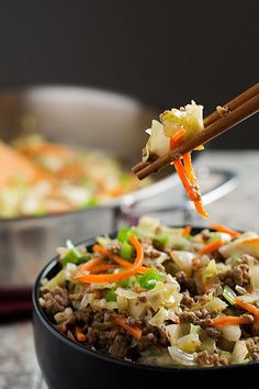 This Healthy Egg Roll in a Bowl (aka Crack Slaw) has all of the great flavor of Egg Rolls, but it& a sure to please Easy One Pan Meal with all the taste, but none of the carbs! Egg Roll Recipes, Whole 30 Recipes, Paleo Recipes, Asian Recipes, Low Carb Recipes, Real Food Recipes, Banting Recipes, Zoodle Recipes, Ketogenic Recipes