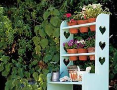 Garden Potting Bench   How to Make a Potting Bench » The Homestead Survival