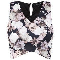 Black Floral Print Wrap Crop Top (45 MYR) ❤ liked on Polyvore featuring tops, shirts, crop tops, crop, black crop top, crop top, slim fit shirt, black shirt and black v neck shirt