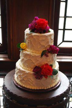 Classic Cakes by Lori - Old Glory Ranch wedding #weddingcakes www.oldgloryranch.com  www.facebook.com/oldgloryranch