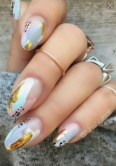 21 Stunning Gold Foil Nail Designs to Brighten Your Manicure ★ Gold Foil Design . Trendy Nails, Cute Nails, Hair And Nails, My Nails, Foil Nail Designs, Nail Designs Spring, Nagellack Trends, Colorful Nail, Luxury Nails