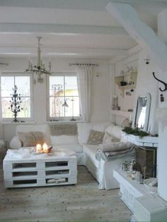 modern shabby chic living room ideas - moderne shabby chic wohnzimmer ideen - home decoration - haus dekoration Shabby Chic Living Room, Shabby Chic Interiors, Shabby Chic Bedrooms, Living Room White, Shabby Chic Homes, Shabby Chic Furniture, Cottage Living, Living Rooms, Bedroom Furniture