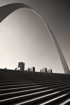 St. Louis Arch and stairs by Eero Saarinen