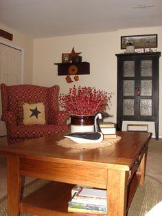 photos of primitive living rooms | Primitive Country Living Room - Living Room Designs - Decorating Ideas ...