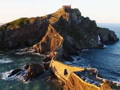 Gaztelugatxe Vizcaya Province Euskadi, Spain- Been here and it's breathtaking Bilbao, Places To Travel, Places To See, Basque Country, Spain And Portugal, Famous Places, Spain Travel, Spain Tourism, Wanderlust Travel