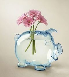I think this would be a cute beta fish tank too!