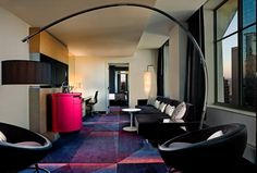 Take a virtual tour of the Art Deco-inspired hotel accommodations, romantic features and family-friendly services at W Minneapolis - The Foshay in MN.