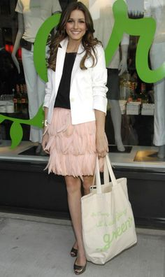 Olivia Palermo in baby pink skirt