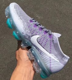 "Nike Air VaporMax Flyknit ""Grape"""