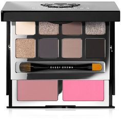 Bobbi Brown Deluxe Cheek & Eye Palette (280 BRL) ❤ liked on Polyvore featuring beauty products, makeup, eye makeup, eyeshadow, beauty, cosmetics, no color, bobbi brown cosmetics, palette eyeshadow and powder blush