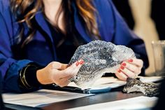 """Auch Materialstudien gehören zu den Entwürfen der Finalisten: """"Bio.Scales"""", ein 3D-gedrucktes CO2-Filtersystem. (Foto: Gabriela Herman) #lexusdesignaward #adgermany"""