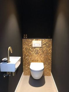 Small Toilet Room, Guest Toilet, Downstairs Toilet, Beautiful Small Bathrooms, Tiny Bathrooms, Bathroom Small, Wc Decoration, Ideas Baños, Decor Ideas