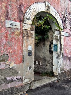 Villa    Ischia, Italia  This is the island that my husband's family comes from.