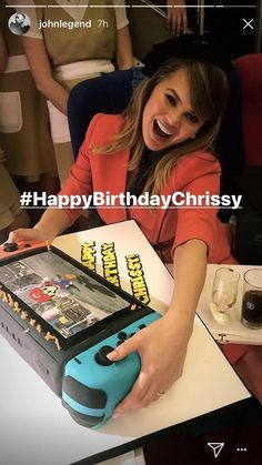 Chrissy Teigen's (Model/John Legend's wife) birthday cake!