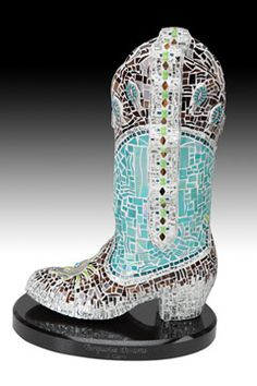 Love these mosaic boot sculptures.