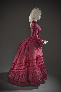 1870s Fashion, Edwardian Fashion, Vintage Fashion, Steampunk Fashion, Gothic Fashion, Antique Clothing, Historical Clothing, Reine Victoria, Mode Alternative