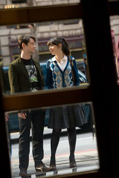 "(500) Days of Summer: ""Boy meets girl. Boy falls in love. Girl doesn't."" Love this film."
