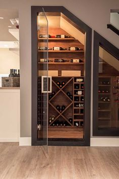 Cellar Wine Cellar Ideas Wine Cellar Modern with Wine Room Ho .- Keller Weinkeller Ideen Weinkeller Modern mit Wein Zimmer Holz-Fußboden-Glas-T… Cellar wine cellar ideas wine cellar modern with wine room wood-floor-glass-door - Under Stairs Wine Cellar, Wine Cellar Basement, Bar Under Stairs, Under Staircase Ideas, Under Basement Stairs, Basement Ceilings, Design Of Staircase, Office Under Stairs, Kitchen Under Stairs