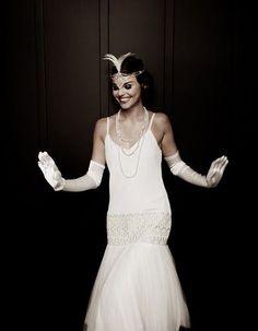 Twenties Wedding Dress from Lindsay Fleming - Clara. 1920s Wedding Gown, Bridal Gowns, Wedding Dresses, Gatsby Wedding, Wedding Bride, 20s Fashion, Vintage Fashion, Estilo Charleston, I Dress