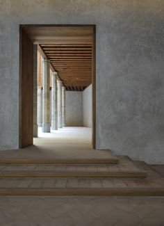 Spanish architecture firm Tabuenca & Leache transformed a crumbling palace in Pamplona's historic quarter into a grand cultural hub… Spanish Architecture, Space Architecture, Contemporary Architecture, Architecture Details, Historic Architecture, Arch Interior, Interior And Exterior, Interior Design, Cement Walls