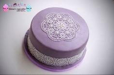 Purple lace cake!