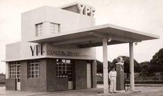 Estación de Servicio YPF - 1945