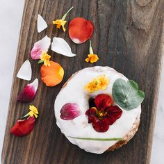 4 Places To Have Edible Flowers - Places to Eat Flowers in the U.S.