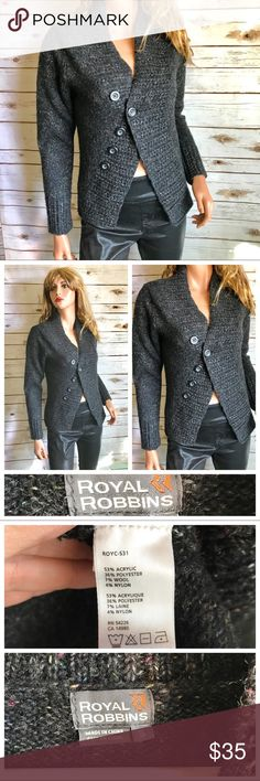 Royal Robbins Cardigan Cable Knit Open Royal Robbins Cardigan Cable Knit Open  Size: small Chunky cozy modern style cardigan - wool blend Gray with speckles of other colors EUC  Measurements taken while laying garment flat (one side) - approx: ~Bust 17 ~Length 22 I use fragranced detergent, dryer sheets, wrinkle release, etc. ***  •••Thank you for looking and please check out the rest of my closet. Royal Robbins Sweaters Cardigans