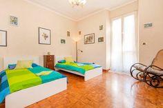 Dai un'occhiata a questo fantastico annuncio su Airbnb: Letti,dondolo e arte a San Giovanni - Appartamenti in affitto