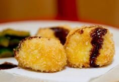 Although croquettes started life in France, these deep fried balls of goodness have managed to spread themselves around the world: from Bangladesh to Portugal to Mexico. You could even make the argument that American crab cakes are a distant relative of the croquette. In Japan, croquettes(or korokke as they're known there) are a staple bento