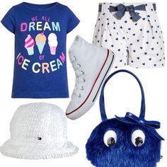Outfit composto da t-shirt con stampa gelati, shorts a fantasia con nastro in vita, converse bianche, cappellino in sangallo bianco e infine simpatica borsetta di peluche con occhietti in paillettes