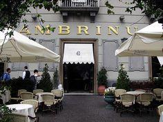 the famous bar Gambrinus. Napoli http://img.wikio-experts.com/800x600/0/03/29/13/2011-07/Caffe-Gambrinus-in-Napoli---Italia---Source-httpww.jpg