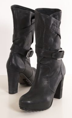 VERA WANG BOOTS- I want these for the fall season.