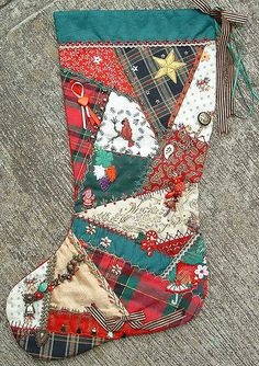 Some details of this stocking can be seen on my blog as days 19,20 and 21 of 100 details