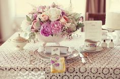 M <3 pink weddings!