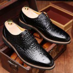 9634c56dc Sapatas de Vestido Dos Homens Marca de Moda de Nova Crocodile Estilo  LuoDiRam, Homens de alta Qualidade Oxford, Oxford Sapatos Para Homens