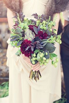 love the use of hops, but with flowers in shades of lavender and plum