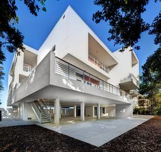 Casey Key 2 House, Sarasota, Florida, USA by Michael K. Walker Associates.