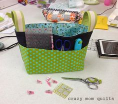Welcome to finish it up Friday! Last Saturday I had the opportunity to take a class from the ever-so-lovely Anna of Noodlehead. She taught her divided basket class at the Minneapolis Modern Quilt Guild. It was wonderful to have a full day dedicated to...