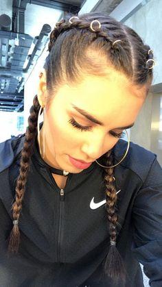 Te Amo Lali Pelo Popular, Camila Gallardo, Famous Men, Shows, Coachella, My Idol, Beautiful People, Braids, Hairstyle