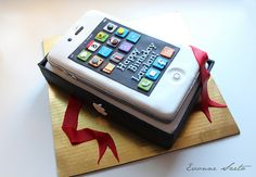 IPhone Cake by { Sweet Xpressions } Cake, via Flickr