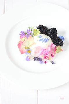 Elderberry Champagne Mousse with Blackberries