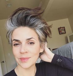 58 Ideas Hair Balayage Gray Silver Ombre For 2019 Grey Hair Don't Care, Short Grey Hair, Silver Grey Hair, White Hair, Silver Ombre, Grey Ombre, Grey Hair Inspiration, Curly Hair Styles, Natural Hair Styles