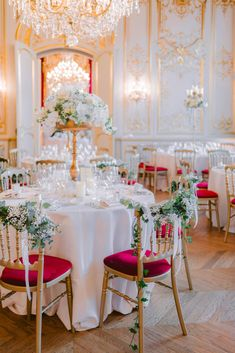 Want to organize your Wedding in France? Looking for a Wedding Planner in Paris? Wedding in France can offer you some great wedding packages in France to make it easy! Paris Elopement, Paris Wedding, Wedding Dinner, Hotel Wedding, Chic Wedding, Luxury Wedding, Paris Destination, Destination Wedding Planner, Wedding Coordinator
