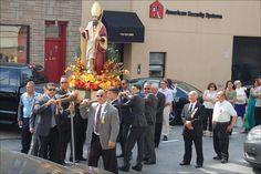 http://magnagrece.blogspot.com/2014/10/a-look-at-2014-feast-of-santamato-di.html