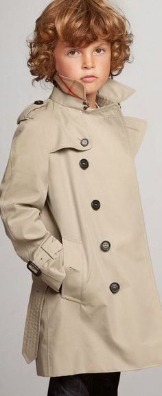 e78734184e78 Burberry Kids Boy Wiltshire Stone Trench Coat. This classic beige mini-me  trench coat