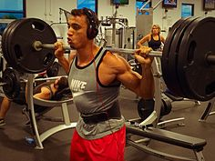 Powerful workout session   #brolic #workout #educate #education #rest #tired #initiative #opportunity #protein #progress #progression #athlete #ambition #athletic #ambitious #Aesthetics #dedication #determination #fitness #health #hustle #healthy #jacked #crossfit #bodybuilder #bodybuilding #nutrition #mass #motivation