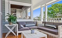 We explore how the Hamptons-style is reinventing the classic Queenslander home, and how you can get the 'new' Queenslander look. Hamptons Style Homes, Hamptons House, The Hamptons, Weatherboard House, Queenslander, Coastal Homes, Coastal Living, Beach Cottages, Beach Houses